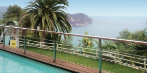 Offering an outdoor pool, Holiday home Urb Martossa H-540 is located in Tossa de Mar. There is a full a kitchenette with a dishwasher and a microwave.