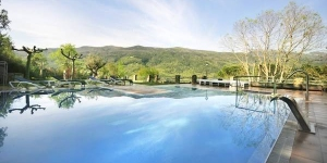 Located in Amer, Mas Can Xera offers an outdoor pool and free bikes. This self-catering accommodation features free WiFi.