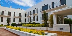 Àseulement 250 mètres de la plage de L'Estartit, l'établissement Pierre & Vacances L'Estartit propose des appartements modernes et élégants avec la climatisation et une kitchenette bien équipée. La plupartdesappartements possèdent un balcon.